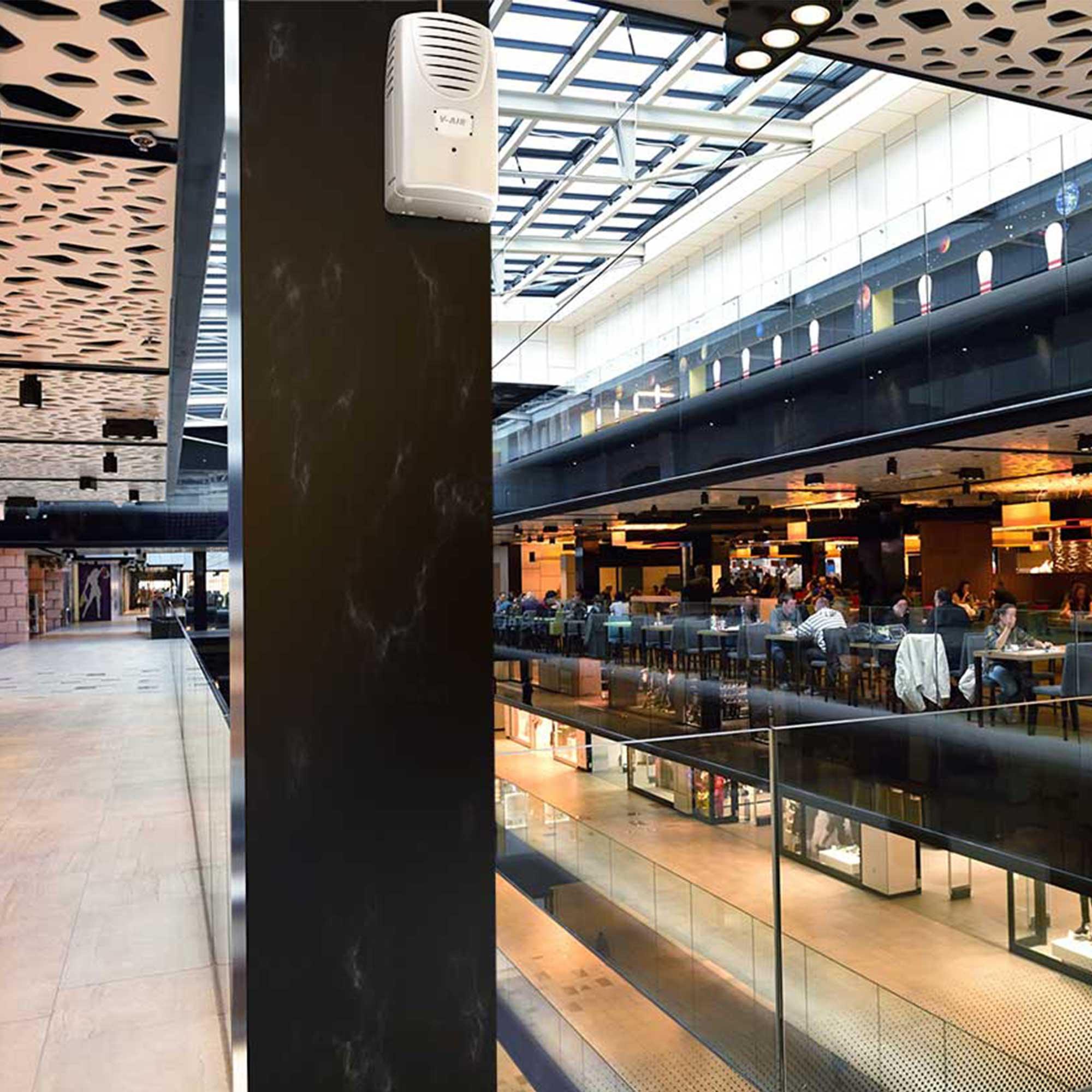 V-Air SOLID Plus - Shopping Mall